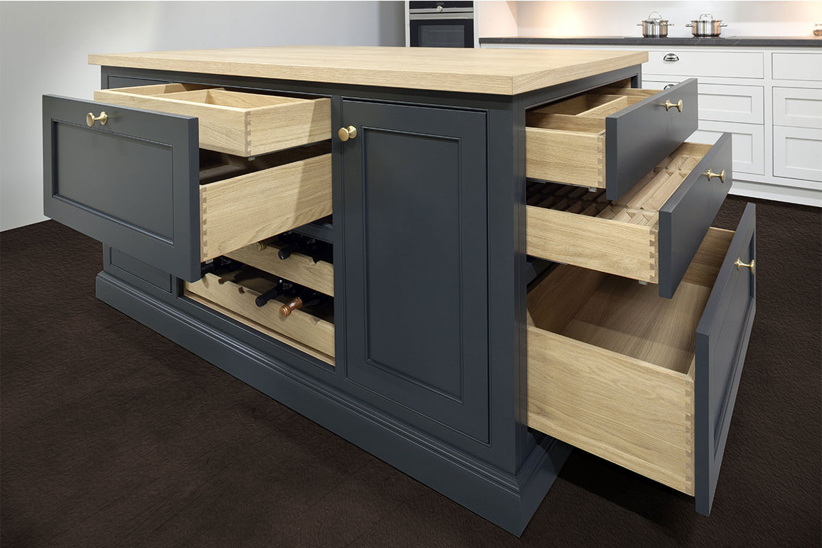 Quality and ergonomics in Stolzen kitchens are our priority